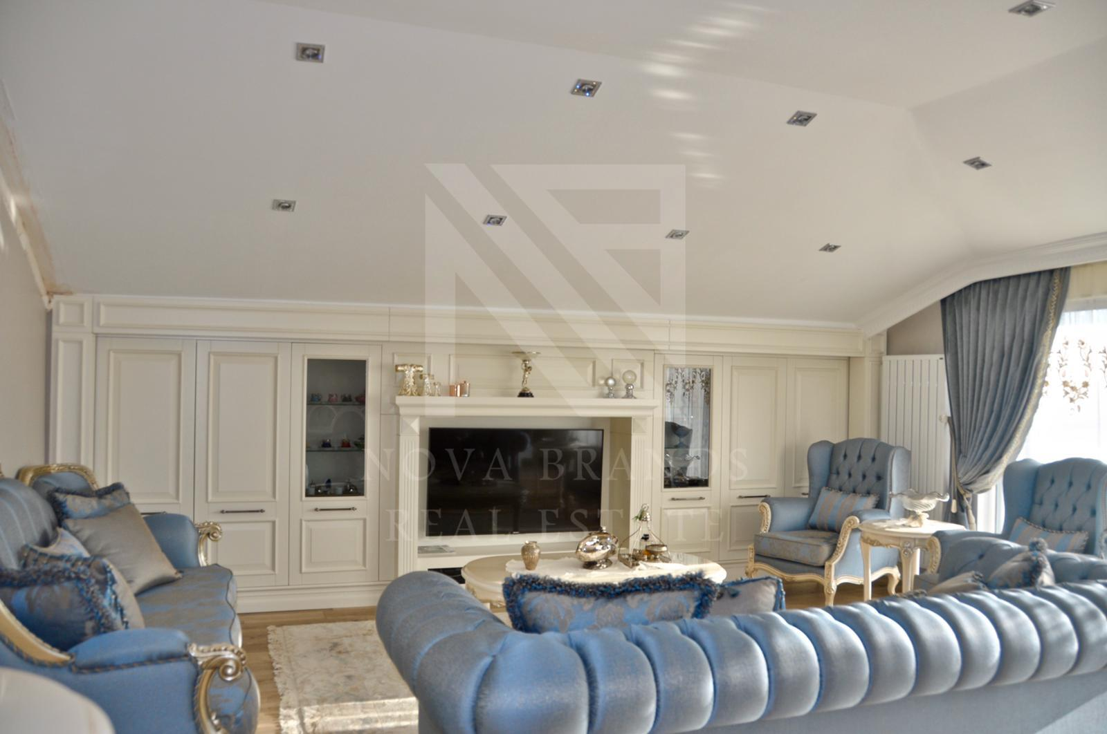 Luxurious apartment with sea view, Yashilkoy