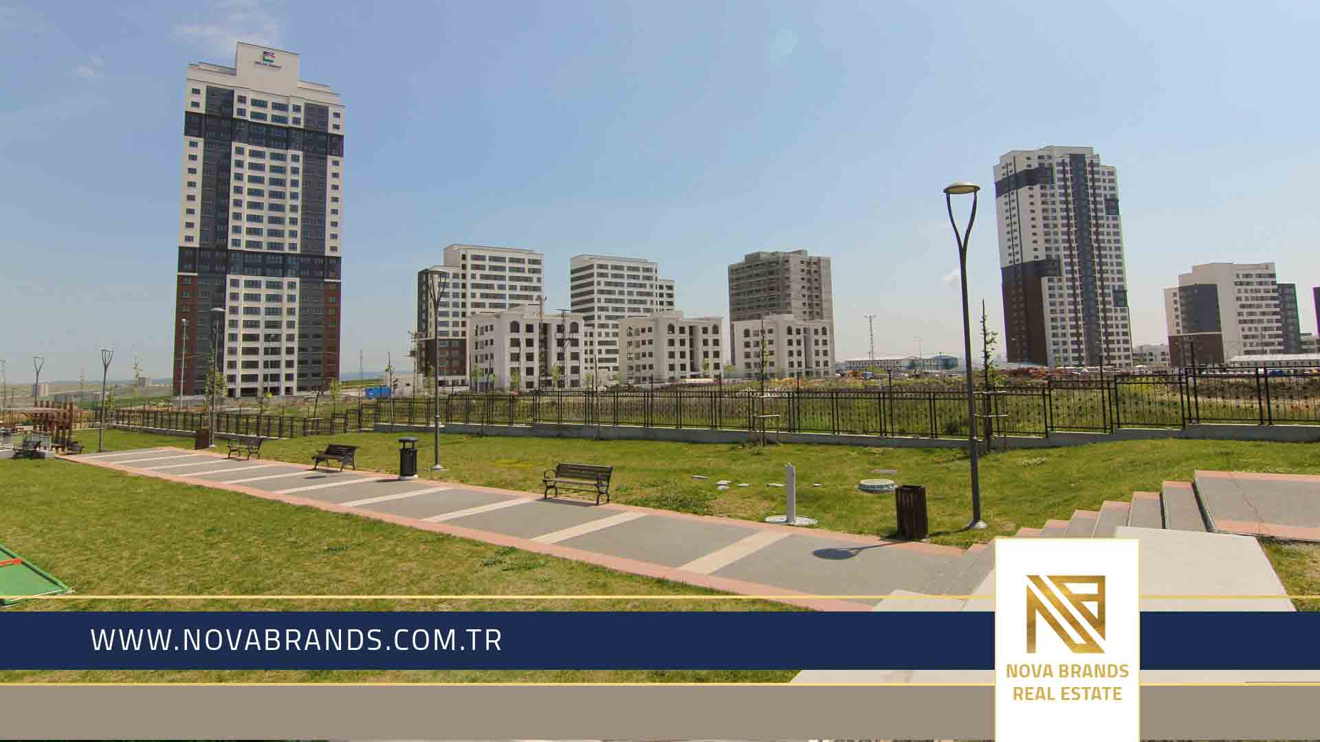 An apartment in Basaksehir with an exclusive price