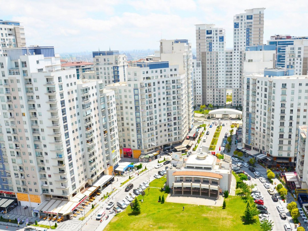 Apartment for sale in Bahcesehir